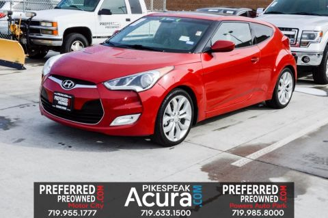 Pre-Owned 2013 Hyundai Veloster  FWD 3D Hatchback